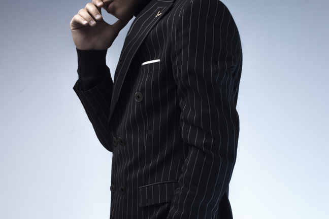 pin striped mens tailored suit