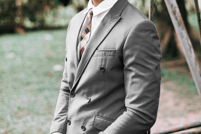 playing with proportions in men's tailoring